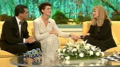 �Qu� apostamos? - Enrique Iglesias, Mia Farrow y N�ria Roca