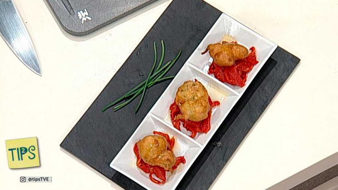 TIPS -  Cocina - Buñuelos de merluza con pimiento del piquillo