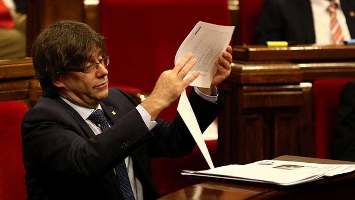 El Parlamento catalán vota esta tarde la cuestión de confianza planteada por el presidente de la Generalitat
