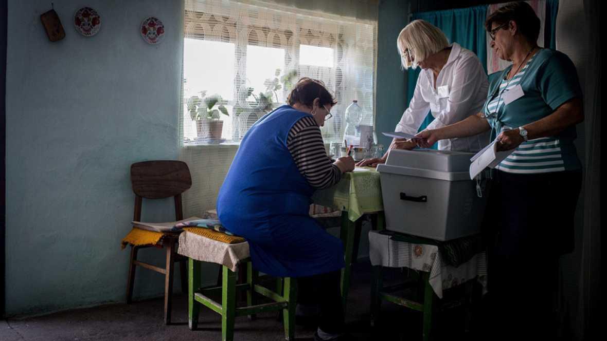 Hungría vota en referéndum si acepta las cuotas de refugiados impuestas por Bruselas