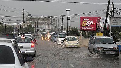 El huracán Matthew llega a Jamaica y provoca inundaciones