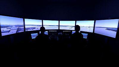 Otros documentales - Controladores aéreos: Nueva York - París - ver ahora