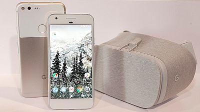 Google presenta Pixel, su nuevo teléfono móvil con el que desafía al iPhone