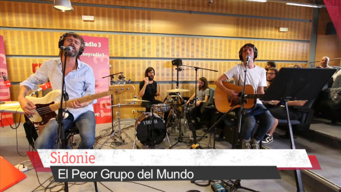 """Sidonie en directo en 180 Grados, """" El peor grupo del mundo"""" - 05/10/16 ver ahora"""