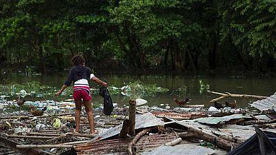 El huracán Matthew se dirige hacia las Bahamas y la costa de Florida tras devastar Haití y Dominicana