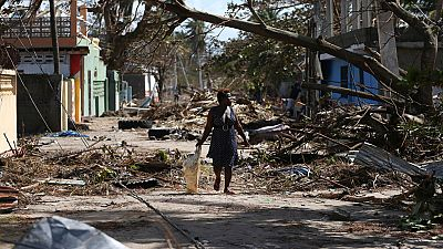 El huracán Matthew deja al menos 877 muertos en Haití