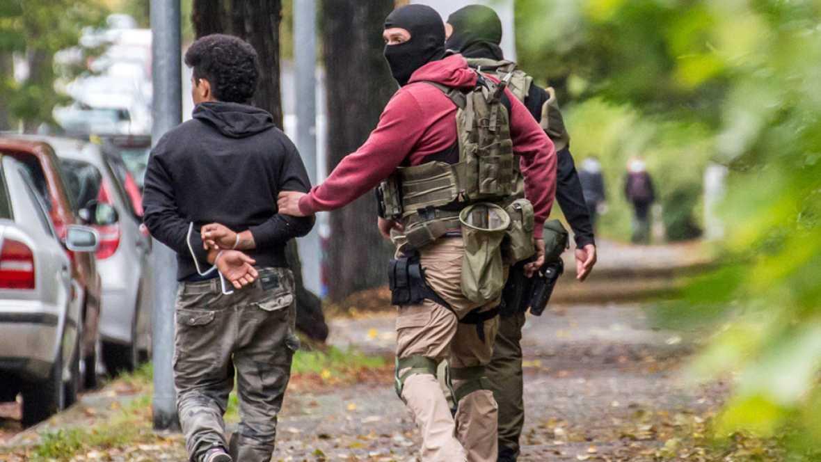 La policía alemana detiene a tres sospechosos de preparar un atentado