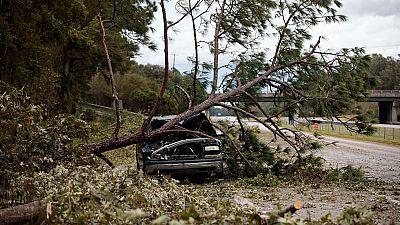 El Huracán Matthew ha tocado tierra en Carolina del Sur pero más debilitado