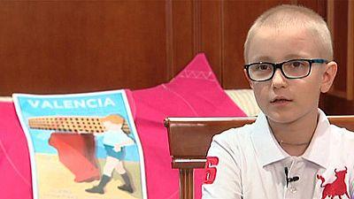 La Fundación Toro de Lidia va a denunciar a quienes publicaron en las redes sociales varios mensajes ofensivos contra un niño de ocho años, enfermo de cáncer, que quiere ser torero. Algunos llegaron a desearle la muerte. Hoy en Twitter, taurinos y an