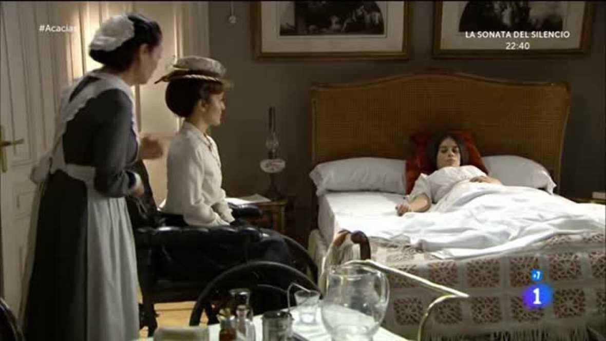 Teresa tira los medicamentos que le da Cayetana
