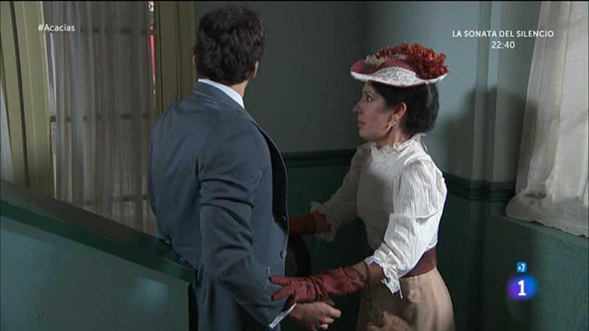 Leonor casi pilla a su madre y Liberto dando rienda suelta