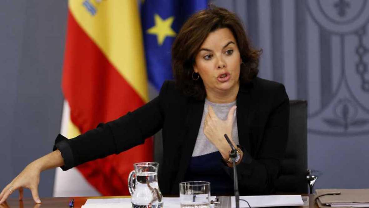 La prudencia, según la vicepresidenta Sáenz de Santamaría, guía el plan presupuestario para 2017 que el Gobierno en funciones enviará en las próximas horas a la Comisión Europea.Son una prórroga de las cuentas de este año. Por tanto, el texto estima