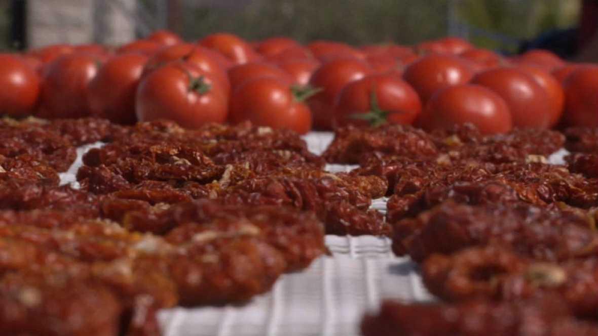 ¿Cómo se originó el tomate seco?