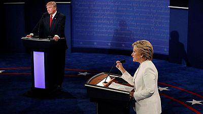"""Clinton llama a Trump """"marioneta"""" de Putin"""