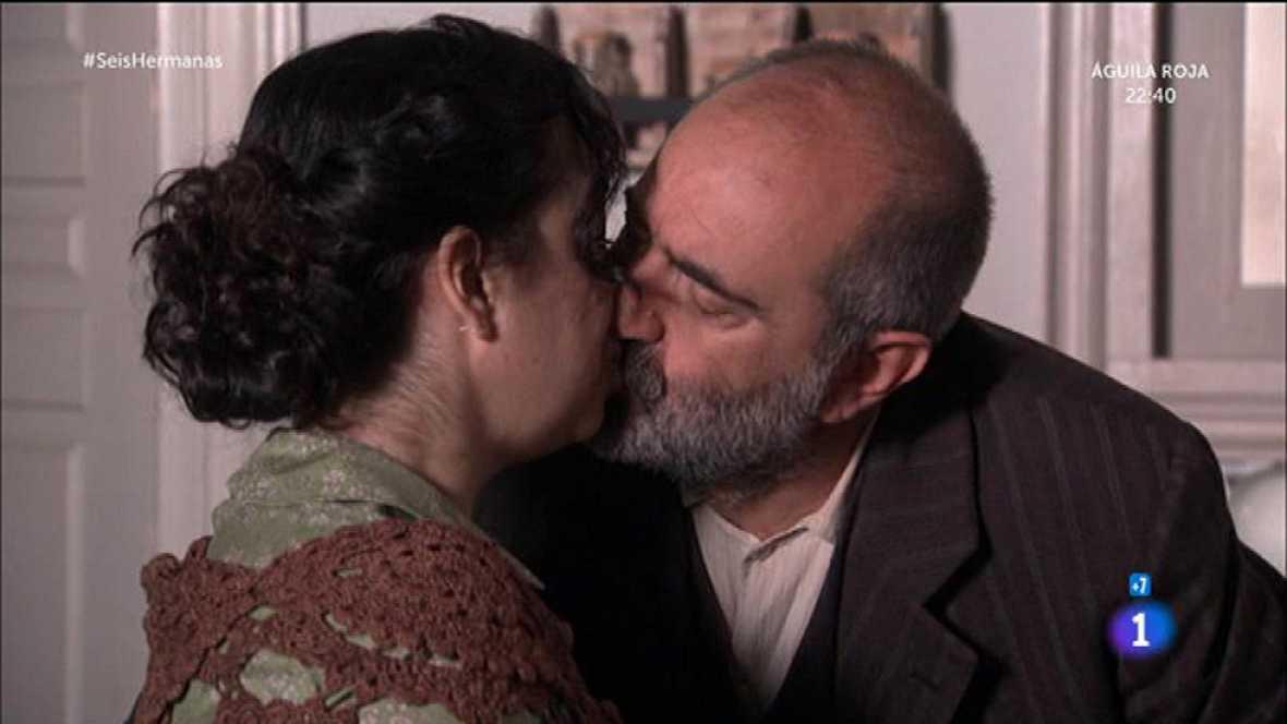 Elpidia le planta un beso a Benjamín y éste le sigue