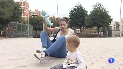 La Universidad de Barcelona pide a una alumna que no lleve a su bebé a clase