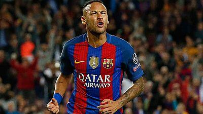 Neymar renueva con el Barça hasta 2021