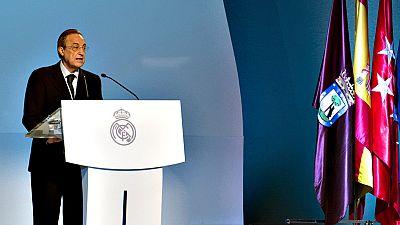 """El presidente del Real Madrid, Florentino Pérez, ha asegurado que  fichar al francés Zinédine Zidane, primero como jugador y luego como  entrenador del primer equipo, ha sido """"una de las decisiones que más  satisfacción y orgullo"""" le han producido co"""
