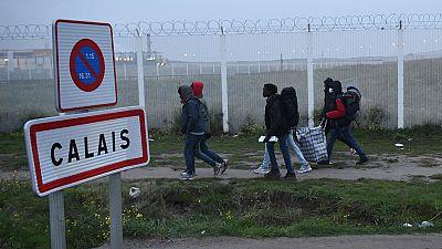 Francia desaloja 'La Jungla' de Calais, después de 17 años y tasas de 10.000 habitantes