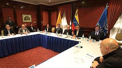El Gobierno y la oposición de Venezuela abrirán un diálogo tras la mediación del papa Francisco