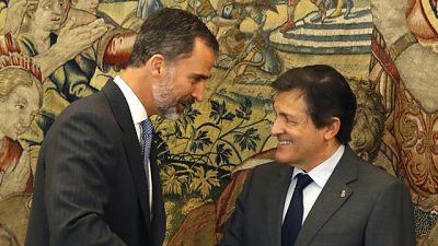 """Fernández llama al PSC a que abandone el 'no' y asegura que el PSOE """"liderará la oposición"""""""