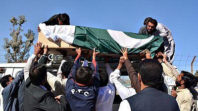 Decenas de muertos en una matanza en una academia de policía en Pakistán