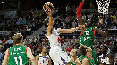 El Baskonia se ha impuesto al Real Madrid en la Euroliga gracias a dos triples de Blazic en el último minuto. Los vitorianos se llevaron la victoria por 87-91.