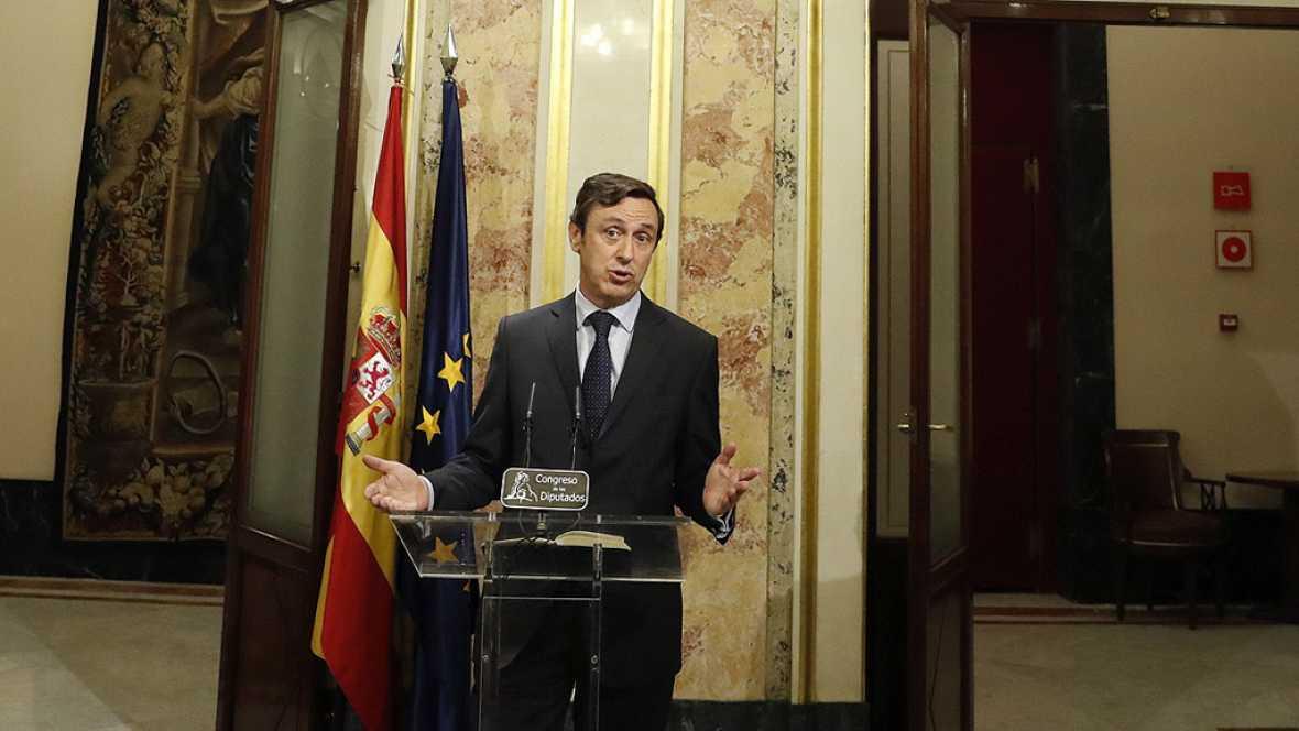 """El PP lamenta que haya grupos que """"no se sientan  concernidos"""" por la llamada a la responsabilidad de Rajoy"""