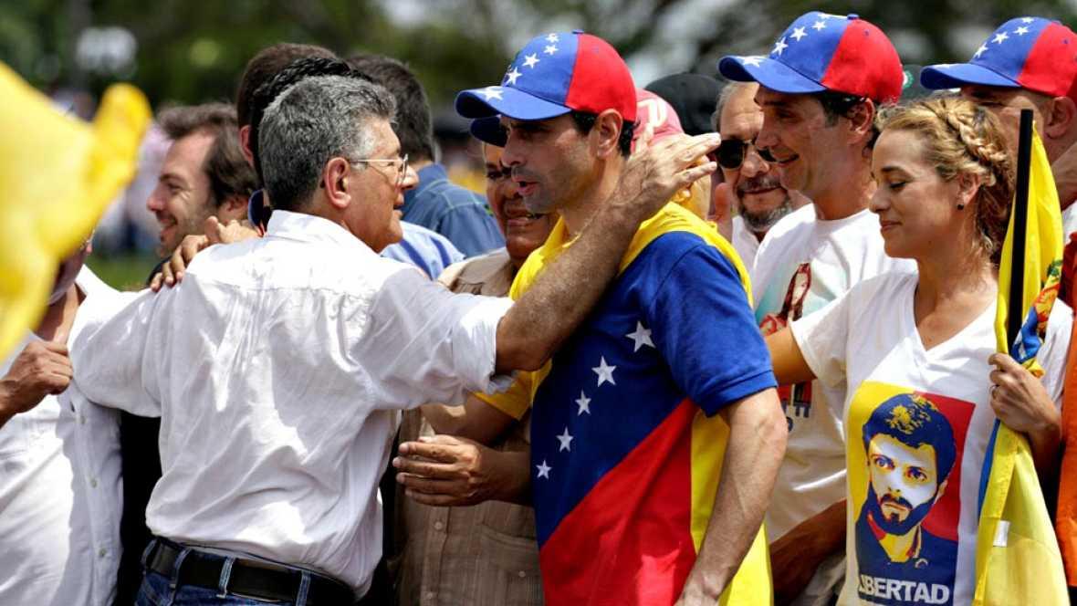 Chavistas y opositores vuelven a retarse en las calles de Caracas