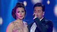Gisela y Bustamante cantan 'Vivo por ella' en el concierto de OT