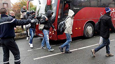 Desmantelan un campamento ilegal de inmigrantes en pleno centro de París
