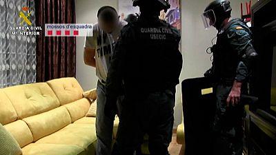 Los Mossos y la guardia civil han detenido a 15 miembros de un grupo criminal especializado en robar empresas alimentarias