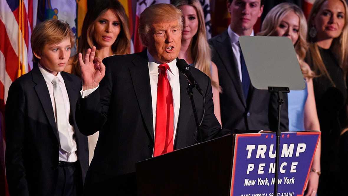 """Trump celebra su victoria con sus seguidores: """"Serviremos a la gente"""""""