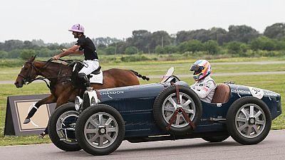 Fernando Alonso, más veloz que un caballo