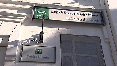 La familia de un niño de siete años, víctima de una presunta paliza en un colegio de Sevilla,  insiste en que se trata de una agresión