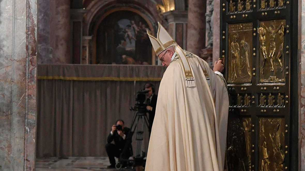 El papa Francisco clausura el Jubileo de la Misericordia
