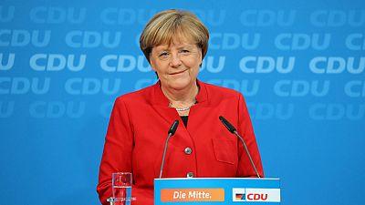 """Merkel luchará por un cuarto mandato en tiempos """"difíciles e inciertos"""""""