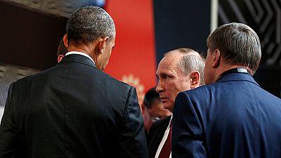 Obama y Putin dialogan brevemente sobre Ucrania y Siria en el marco del APEC