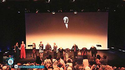 Para Todos La 2 - Comprometidos. Teatro social con Blanca Marsillach que ha conseguido reunir sobre el escenario a ancianos de diferentes puntos de España.