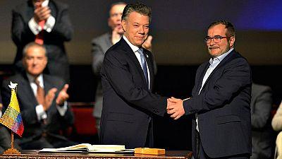 Colombia y las FARC firman el nuevo acuerdo de paz