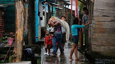 El huracán Otto toca tierra en Nicaragua