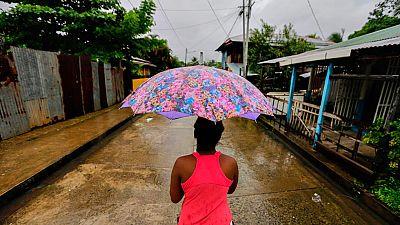 El huracán Otto causa menos daños de los previstos en Nicaragua, pero golpea con fuerza en Costa Rica