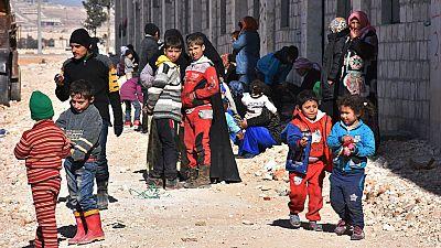 Miles de civiles huyen del este de Alepo mientras prosigue la toma de la ciudad