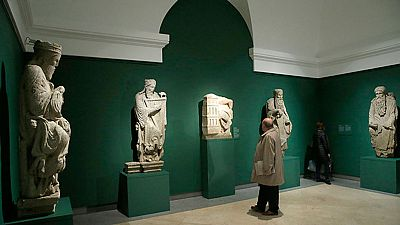 El Pórtico de la Gloria de la Catedral de Santiago de Compostela, es la obra más famosa del maestro Mateo