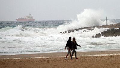 Valencia intenta recuperar la normalidad tras el fuerte temporal