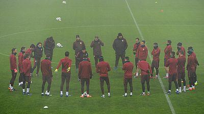 Algunos de los jugadores menos habituales jugarán el choque del Atlético contra el Bayern en Múnich, donde los seguidores rojiblancos debaten sobre el futuro de Simeone.