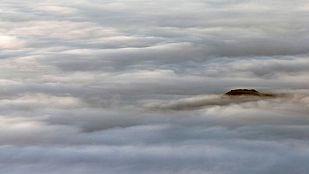 Niebla persistente en el interior peninsular y temperaturas estables