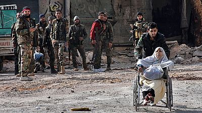 Las fuerzas leales al régimen de Al Asad continúan su avance en los barrios rebeldes del este de Alepo