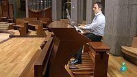 Atención Obras - Juan de la Rubia, organista titular de La Sagrada Familia, en Barcelona