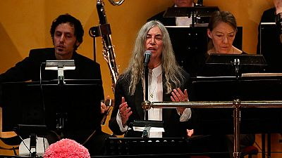 Patti Smith se queda en blanco al interpretar un tema de Dylan en los Nobel